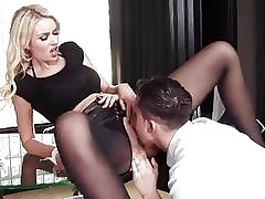 shaved pussy : hardcore fuck video