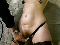 extreme sex : young wet pussy